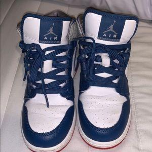 4y Jordan's